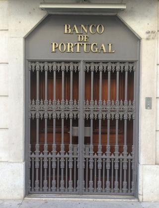 הבנק הפורטוגלי המרכזי, שנמצא באיזור שבו היה הרובע היהודי הקטן של ליסבון
