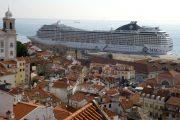 Alfama-Cruise-Ship