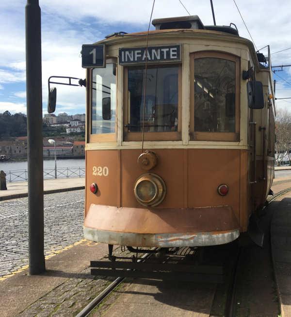 Tram-1-Porto-23418