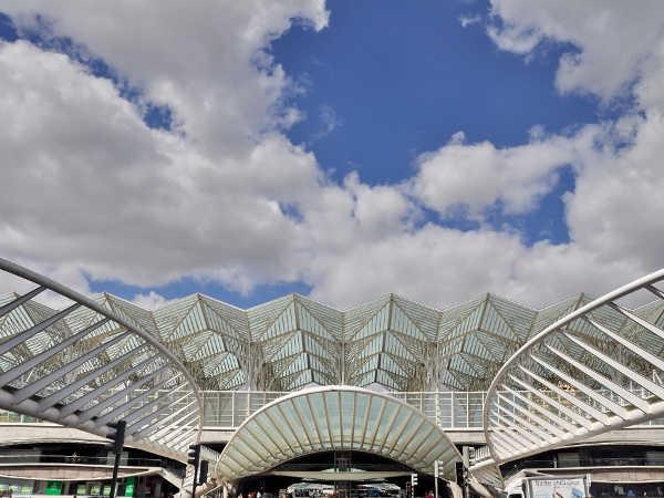Oriente-railway-station